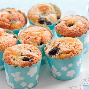 Apple, almond and blackcurrant muffins