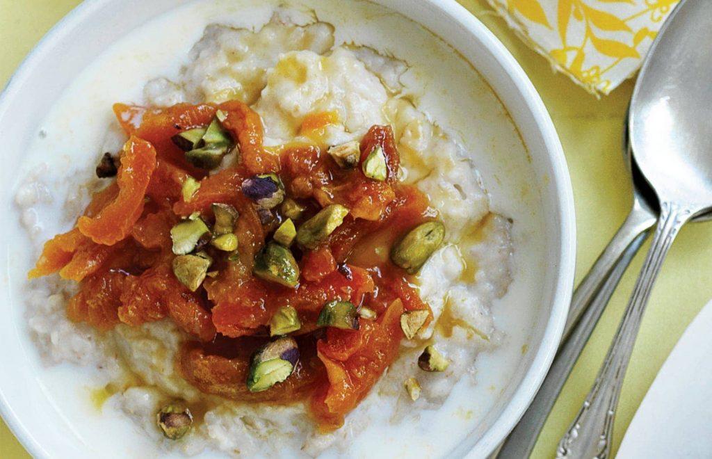Apricot compote porridge