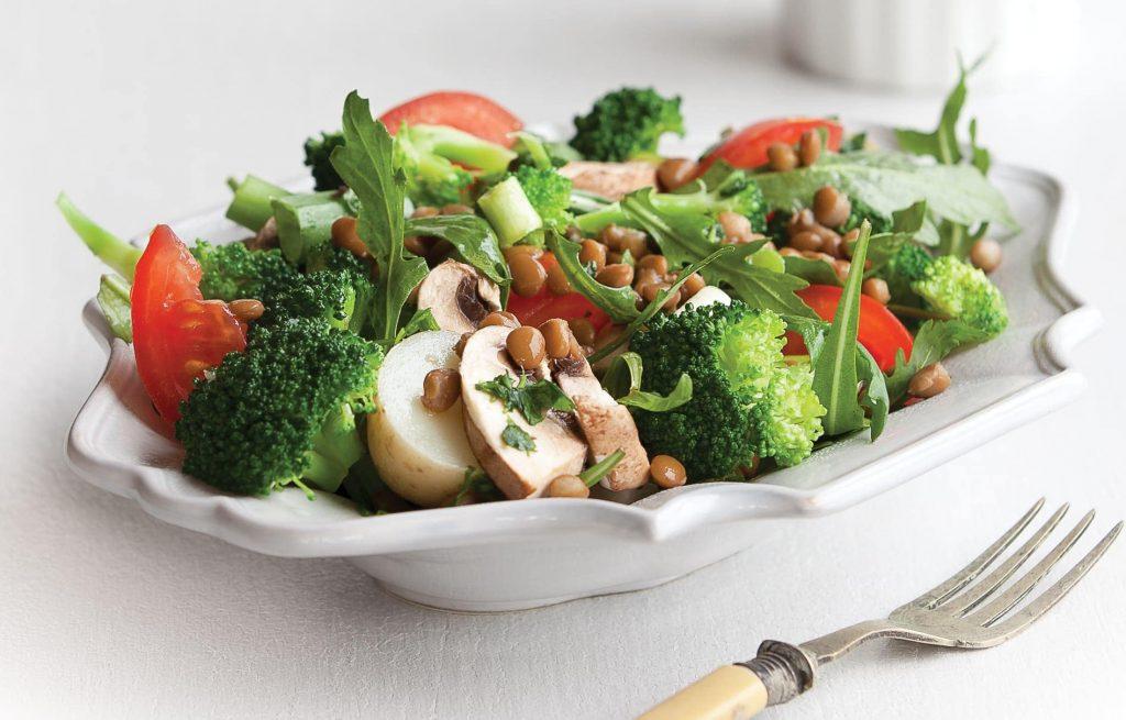 Broccoli, lentil and mushroom salad