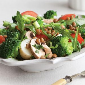 Broccoli, lentil and mushroom salad