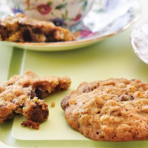 Chocolate chip and spice orange cookies