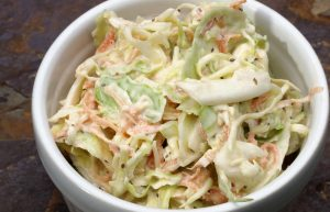 Coleslaw with creamy dressing