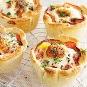 Ham and egg mini pies