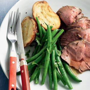 Lamb mini roast with oregano, garlic and lemon