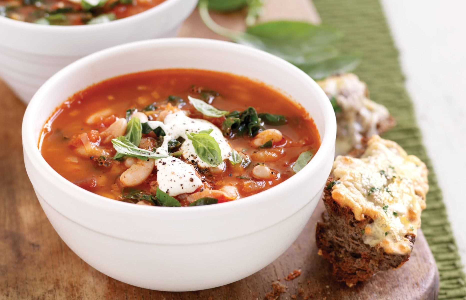 Leek and bean soup with cheesy bread