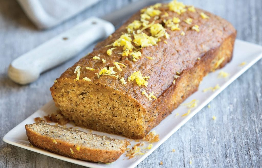 Low-FODMAP-lemon-and-poppy-seed-loaf-1-2800x1800
