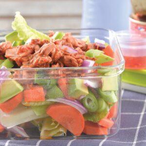 Lunchbox salad with tuna