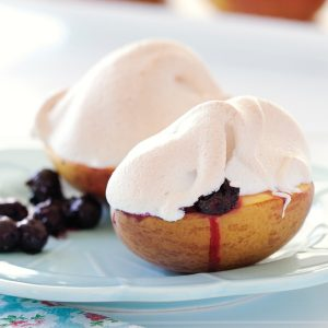 Meringue-topped peaches