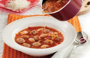 Minestrone soup with pork balls