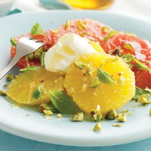 Orange and grapefruit salad with pistachios