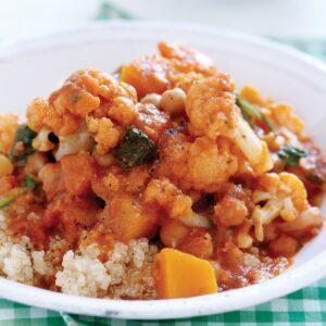 Pumpkin, cauliflower and spinach curry with quinoa