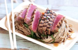Seared tuna with soba-noodle salad