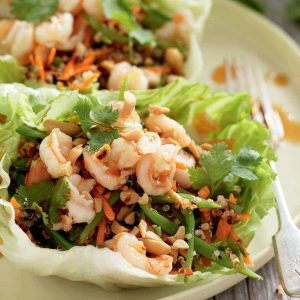 Spicy prawn and quinoa lettuce wraps