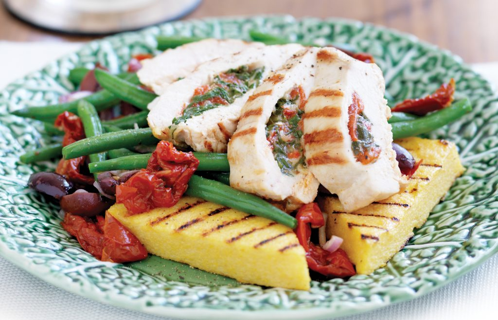 Spinach and capsicum-filled chicken with grilled polenta