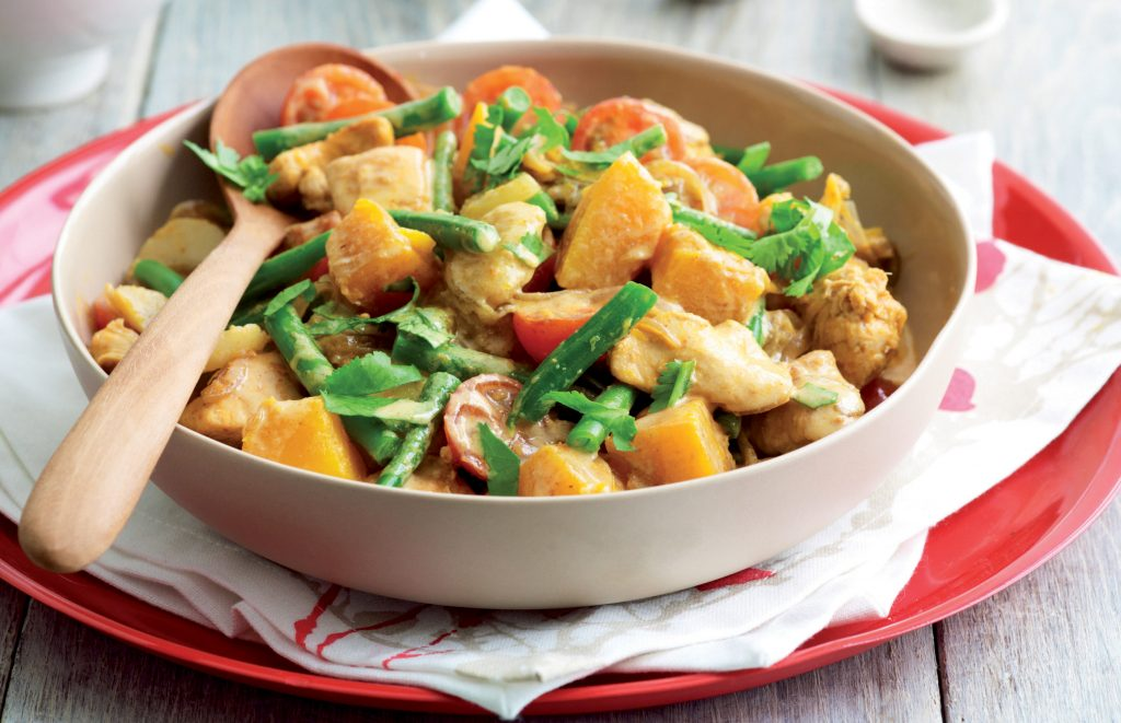 Thai chicken and vegetable red curry