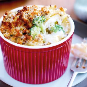 Three-cheese macaroni bake
