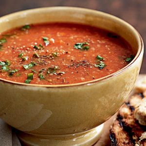 Tomato-quinoa soup with herbs