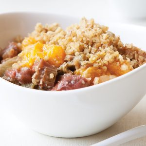 Winter fruit compote with fruit crumble
