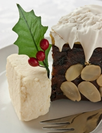 How to make a gluten-free Christmas cake