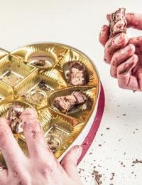 Four ways to beat food cravings