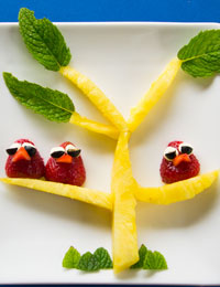 Strawberry birds