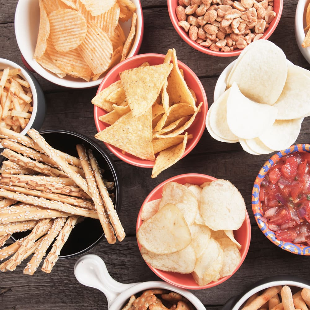 Simple ways to avoid mindless snacking