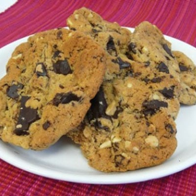 Chewy peanut butter, chocolate cookies