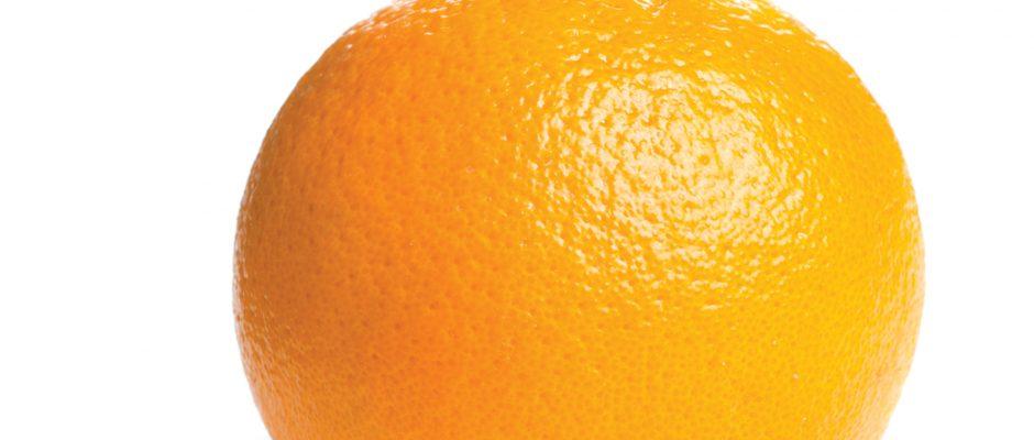 An orange a day keeps the eye doc away