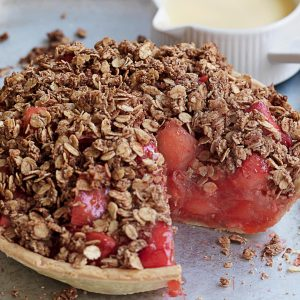 Apple and strawberry crumble tart