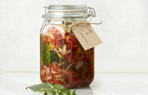 Chilli and capsicum pickle