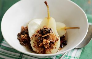 Crumble-stuffed baked pears