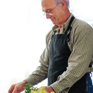 Healthy ageing: Learning to cook later in life