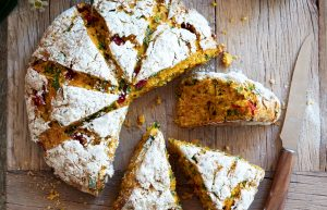 Pumpkin, roasted capsicum and spinach damper