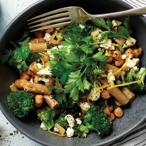 Rigatoni with broccoli and feta