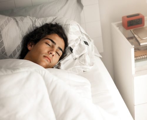 Sleep your teen to better behaviour