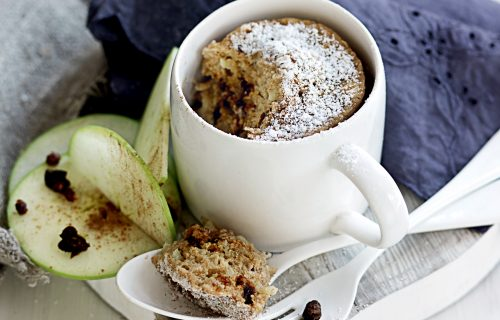 Spiced apple and date cup pudding