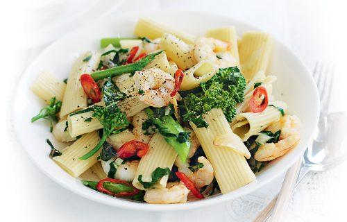 Spicy prawn and garlic pasta