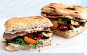 Steak sandwich with mustard yoghurt