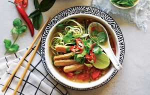 Tom yum with tempeh