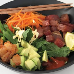 Tuna avocado poké bowl