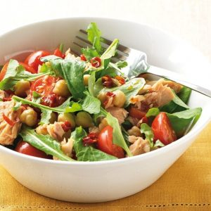 Tuna, chickpea and roast tomato salad