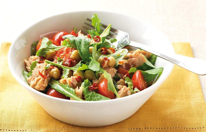 Tuna Chickpea And Roast Tomato Salad Healthy Food Guide