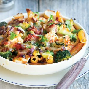 Two-cheese and broccoli pasta bake