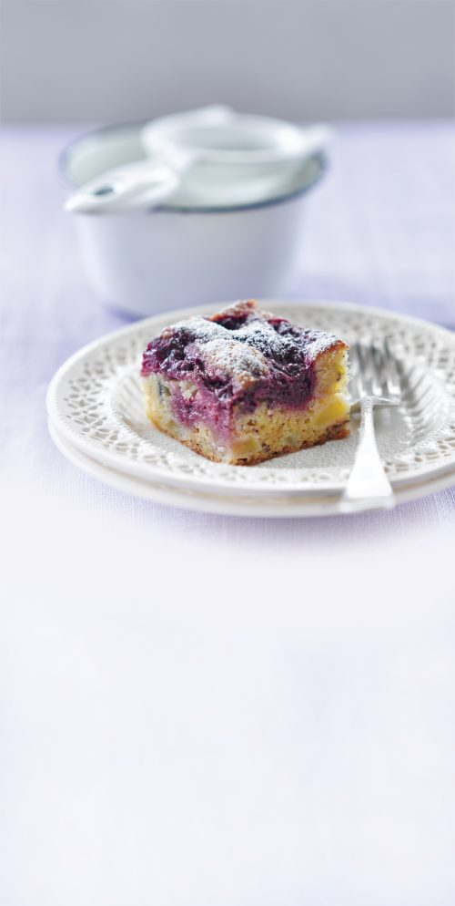 Apple and boysenberry gluten-free bake