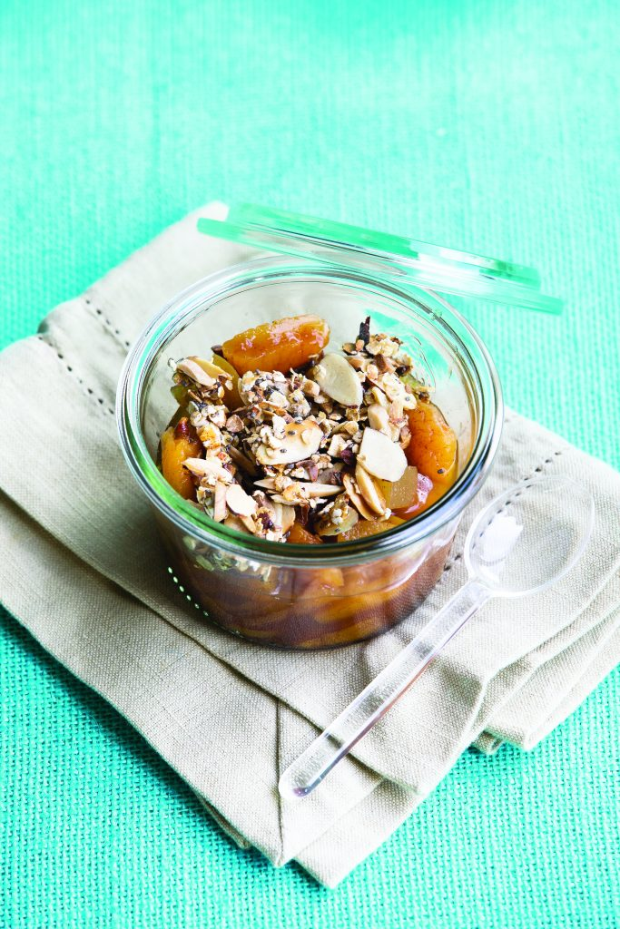 Apricot and apple crumble jars