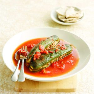 Beef and rice-stuffed courgettes