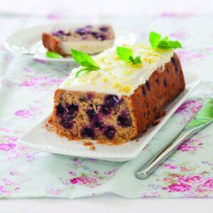 Blackcurrant almond yoghurt cake