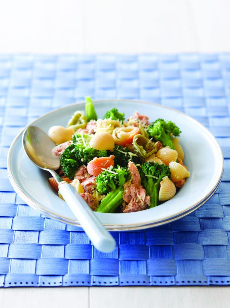 Broccoli and tuna pasta