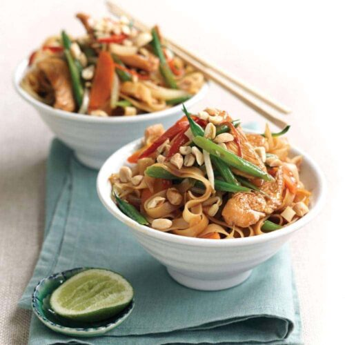 Chicken Pad Thai with peanuts and lime