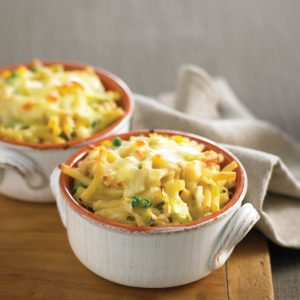 Chicken and pea pasta bake